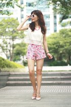 hot pink floral print Sheinside shorts - white Zara sunglasses