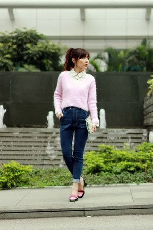 black pink Miu Miu loafers - blue high-waisted Murua jeans