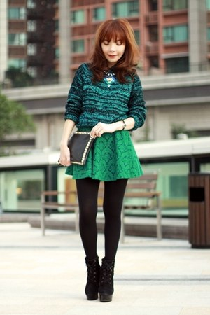 green jacquard Sheinside skirt - black suede lace-up boots - teal black sweater