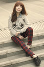 Heather-gray-pug-pull-bear-sweater-black-creepers-shoes