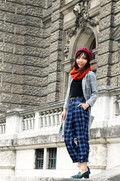 blue plaid Choies pants - heather gray checkered Topshop coat