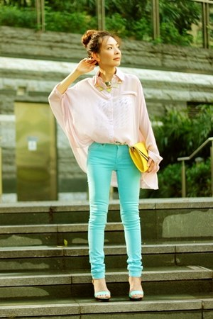 sky blue H&M jeans - light pink shirt - silver H&M necklace