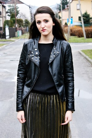 gold H&M skirt - black Top Secret boots - black Mohito jacket