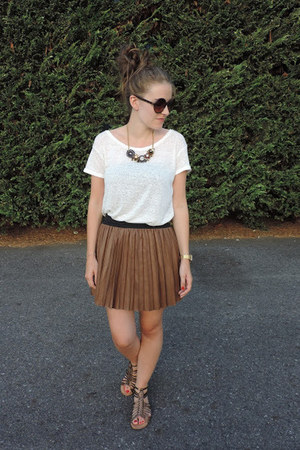 dark brown Kaos skirt