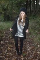 black Gina Tricot sweater