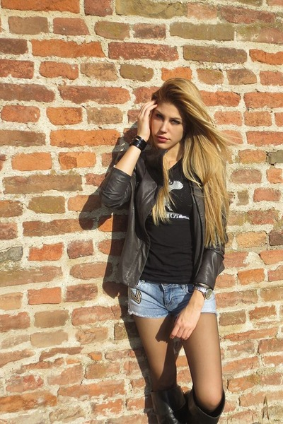 Zara shorts - Guess jacket - Zara t-shirt