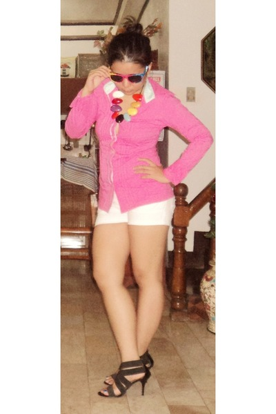 black heels - white shorts - sunglasses - hot pink top - necklace