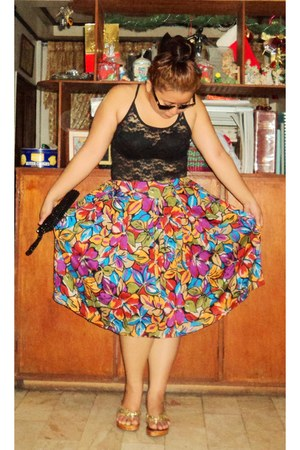black lace top - purple full floral skirt - gold clogs