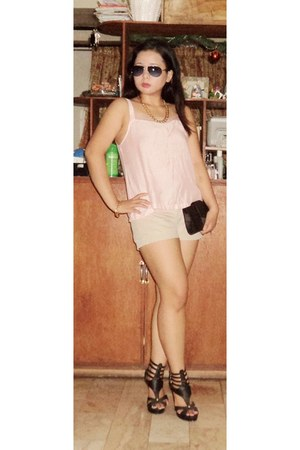 black sandals - black purse - tan shorts - peach top