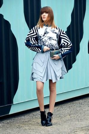 Zuza Feliga Designer skirt - Zara boots - Tally Weijl bag