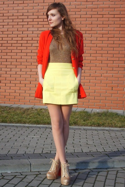 yellow Zara skirt