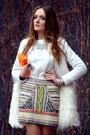 White-romwecom-coat