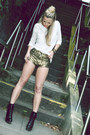 Black-studded-boots-betts-boots-gold-gold-hot-pants-tight-tigers-shorts
