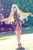 black cut out dress Love dress - yellow crochet poncho cape - brown sandals