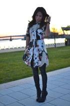 black Salvatore Ferragamo purse - black aymeline Alexander Wang boots