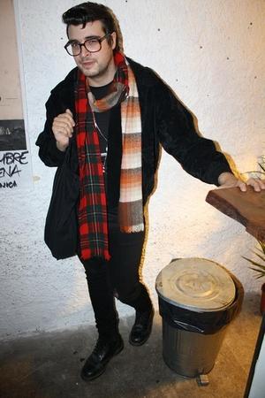 MON scarf - ANGELO VINTAGE jacket - Dr Denim jeans - Dr Marten boots