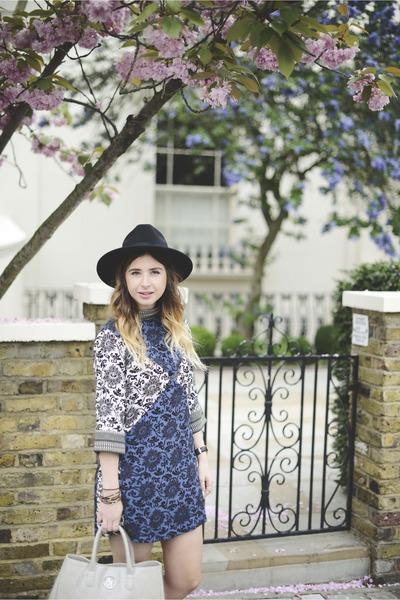 silver Repertoire Fashion bag - blue Native Rose dress - black chicnova hat