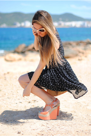 dotted romwe dress - Primark bag - retro romwe sunglasses