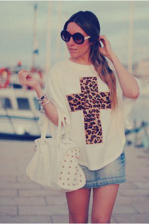 cross print romwe t-shirt - studded bag BLANCO bag - romwe sunglasses