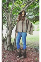dark khaki poncho handmade cardigan - dark brown Liberty Black boots