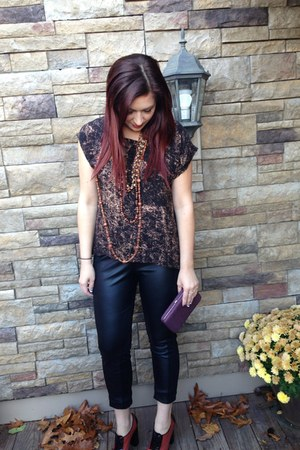 black Target leggings - dark brown Target top - burnt orange DIY necklace