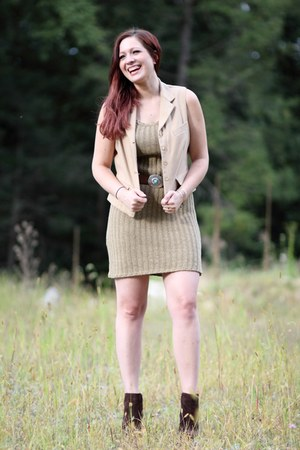 dark khaki Ralph Lauren dress - dark brown sam edelman boots