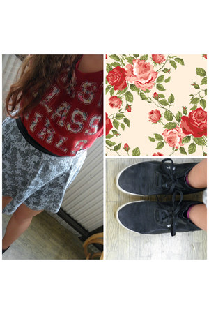 ruby red Gate sweatshirt - heather gray h&m divided skirt - black Puma sneakers