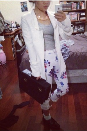 white gold applique bec & bridge blazer - periwinkle lace rubi socks