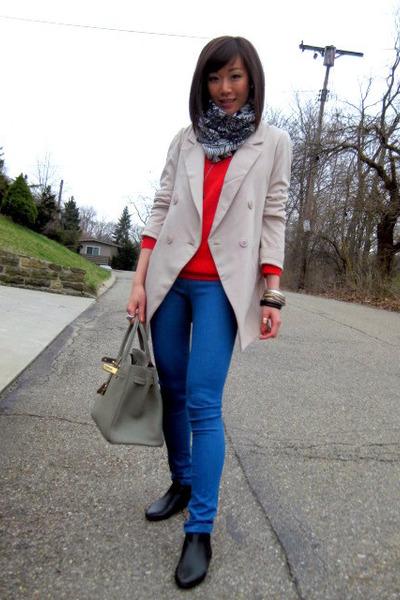 Aldo shoes - Gap sweater - BDG leggings - Jenni Kayne blazer - Zara scarf - Herm