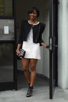 vintage dress - BCBGeneration blazer - Forever 21 bag - Nine West heels