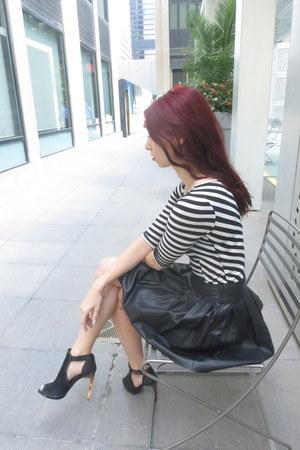 Guess skirt - Zara bag - bcbg max azria heels - Gucci watch