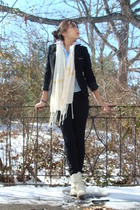 white Vintage Booties - black f21 pants - white f21 scarf - blue American Eagle