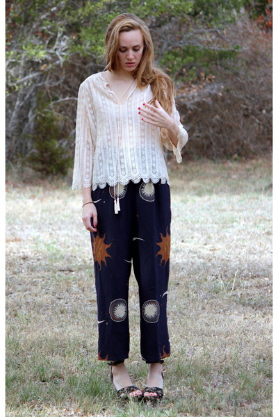 silk lace Oscar de la Renta blouse - silk christian dior pants