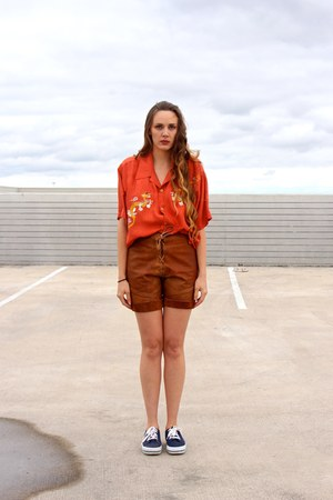 carrot orange whhttt blouse - tawny whhttt shorts - navy whhttt sneakers