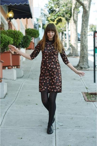 dark brown vintage dress - black stockings - black vintage loafers