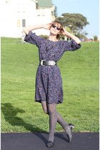 puce vintage dress - charcoal gray American Apparel tights