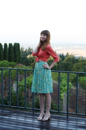 aquamarine vintage skirt - coral vintage blouse - beige vintage sandals