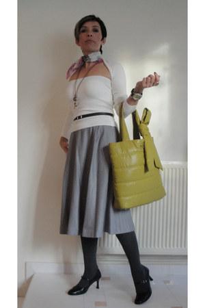 pink silk Paul Smith scarf - olive green Anne Klein bag