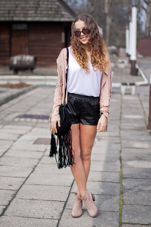 black Choies bag - light pink Bershka boots - light pink OASAP jacket