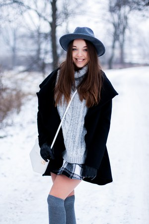 charcoal gray reserved hat - black deezee boots - black Megz coat