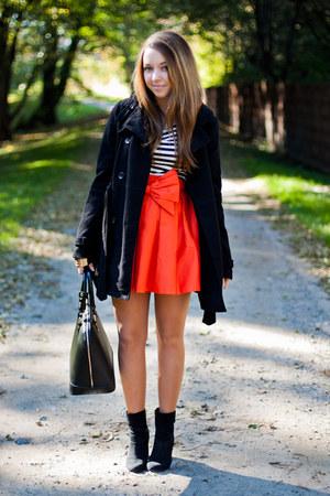 carrot orange Livia Clue skirt - black H&M shoes - black H&M coat