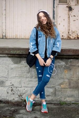 blue Sheinside jeans - silver New Balance shoes