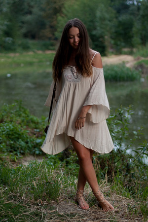 beige romwe dress - neutral no name shoes - brown Zara bag