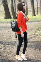 peach Converse sneakers - black romwe leggings - black Supergalanteria bag