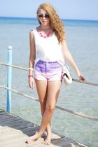 light purple Madlady shorts - white chicnova top - hot pink chicnova necklace