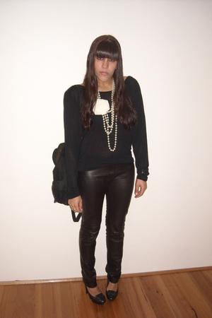 Sportsgirl top - Sportsgirl leggings - Orbit shoes - vintage accessories - diva