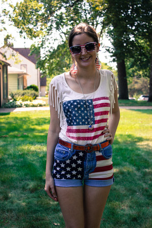 Forever21 shirt - DIY shorts - Ebay sunglasses - Forever21 earrings