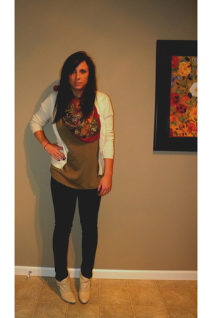 beige banana republic cardigan - red Goodwill scarf - brown Goodwilldwill shirt