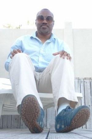 mesh suede Geox sneakers - Geoffrey Beene shirt - asos sunglasses