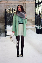 aquamarine oversized Chicwish sweater - black suede Bershka boots